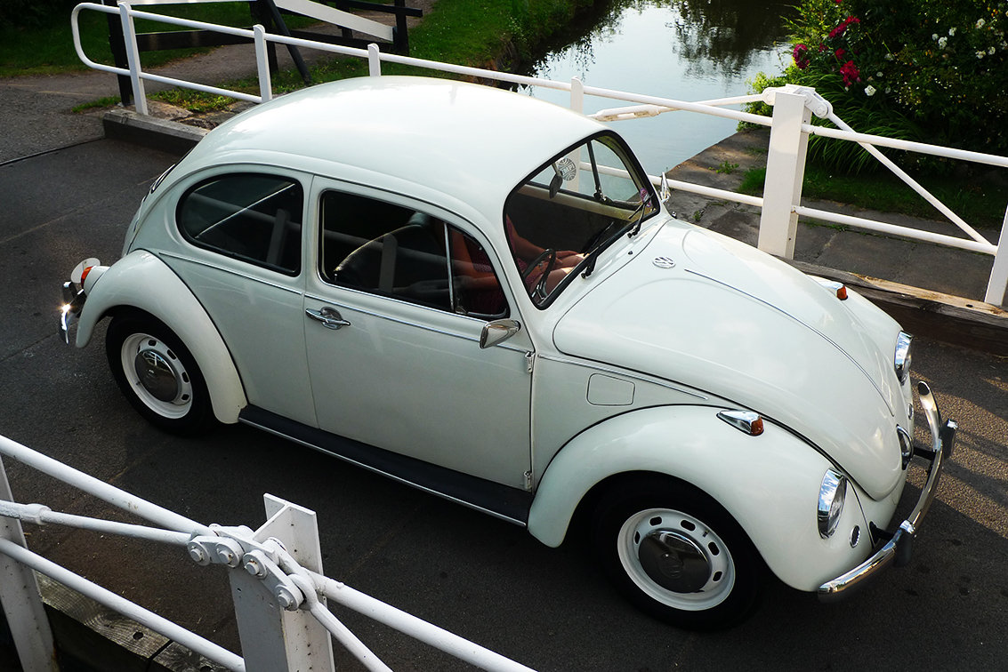 Vw beetle 1971 - simply stunning - daily driver SOLD (picture 2 of 6)