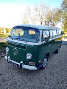 "REDUCED LHD Volkswagen T2 Deluxe Microbus ""Bulli""."
