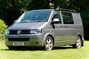 2015/15 Volkswagen Transporter T30 Kombi Highline 180 TDI DS For Sale