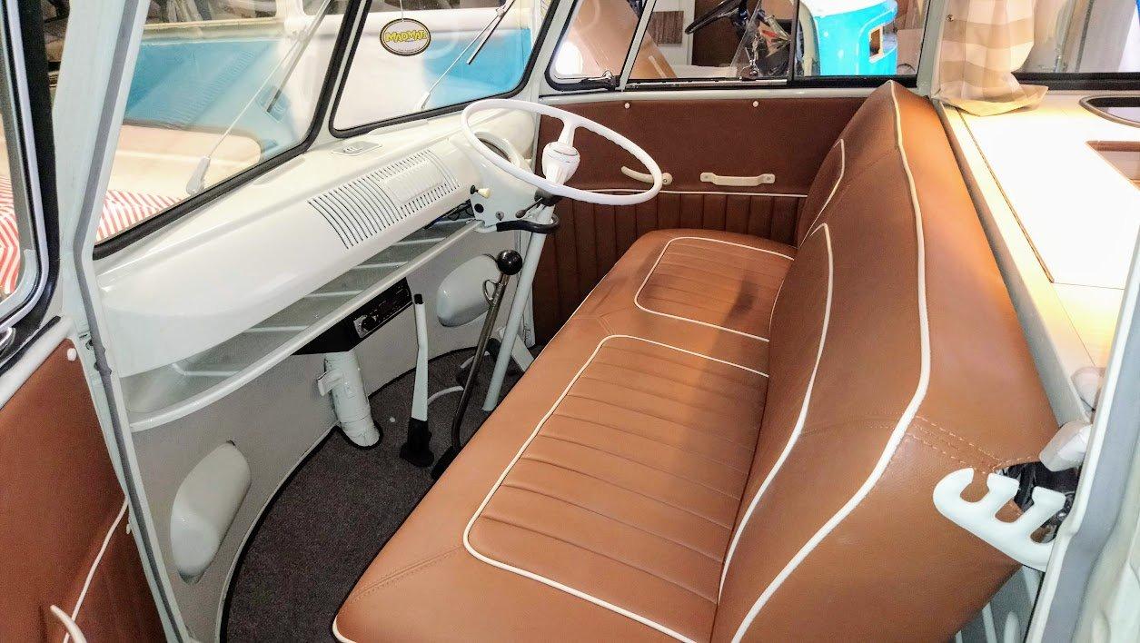 Volkswagen VW 1961 T2 Splitscreen Camper Van RHD For Sale (picture 4 of 6)