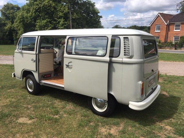 1977 VW Bay Window Campervan 2.0l - Vintage Grey For Sale (picture 3 of 6)
