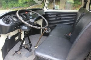 1970 Volkswagen Crew Cab Solid Ivory Driver Auto Rare $29.9k For Sale (picture 4 of 6)