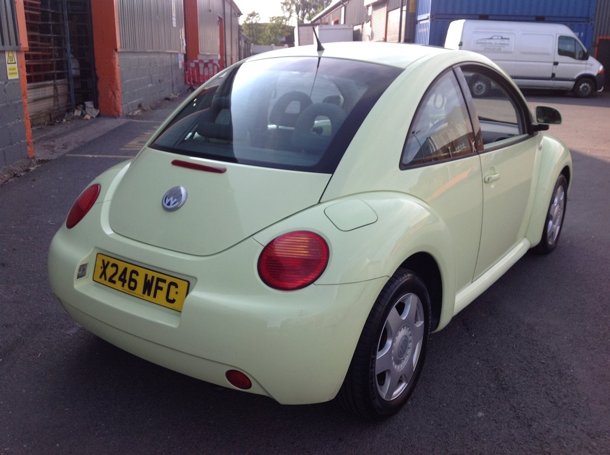 2001 VW BEETLE 2.0 ISOTOPE LEMON GREEN FSH FULL MOT JUST SERVICED For Sale (picture 3 of 6)