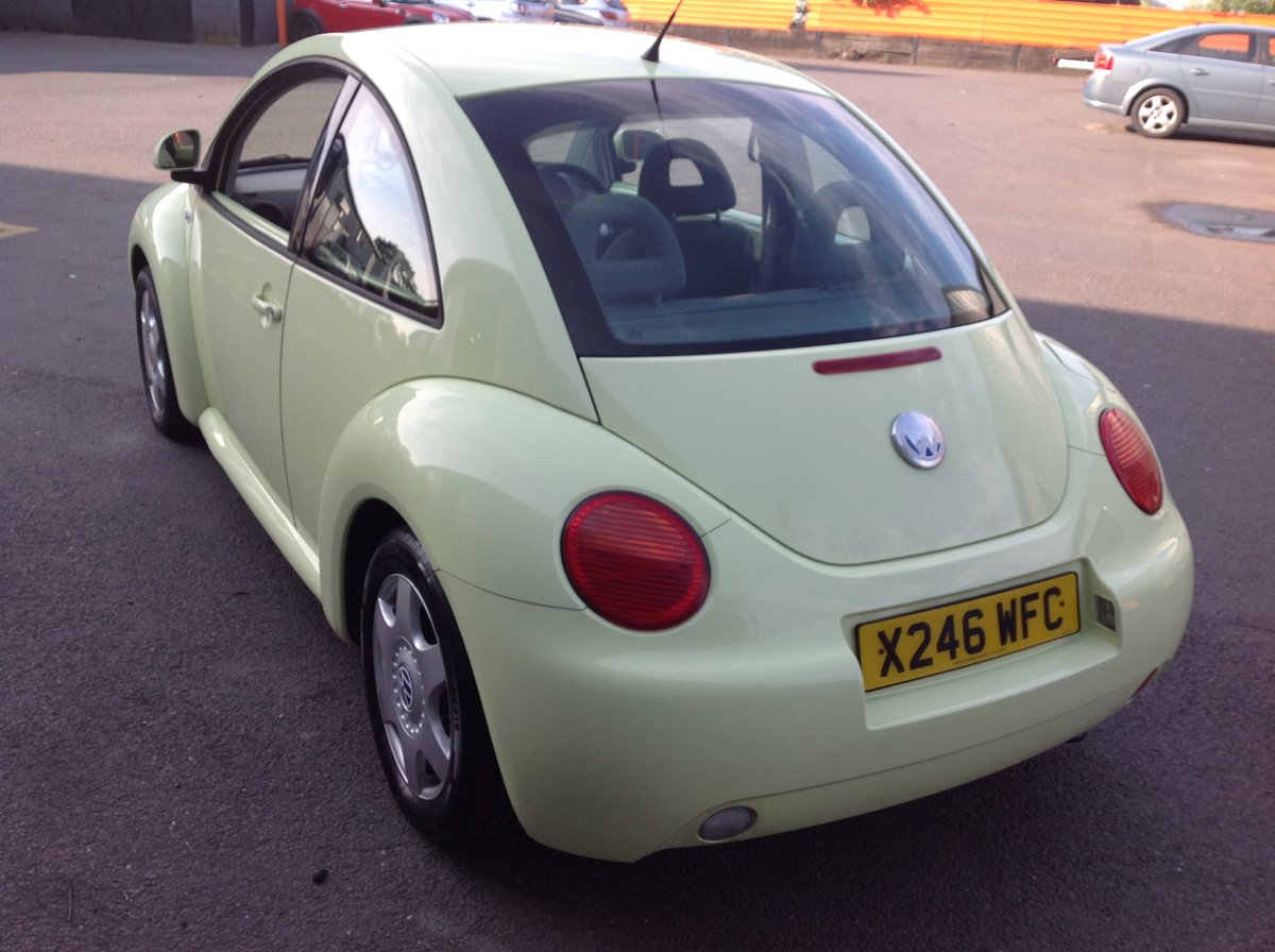 2001 VW BEETLE 2.0 ISOTOPE LEMON GREEN FSH FULL MOT JUST SERVICED For Sale (picture 4 of 6)