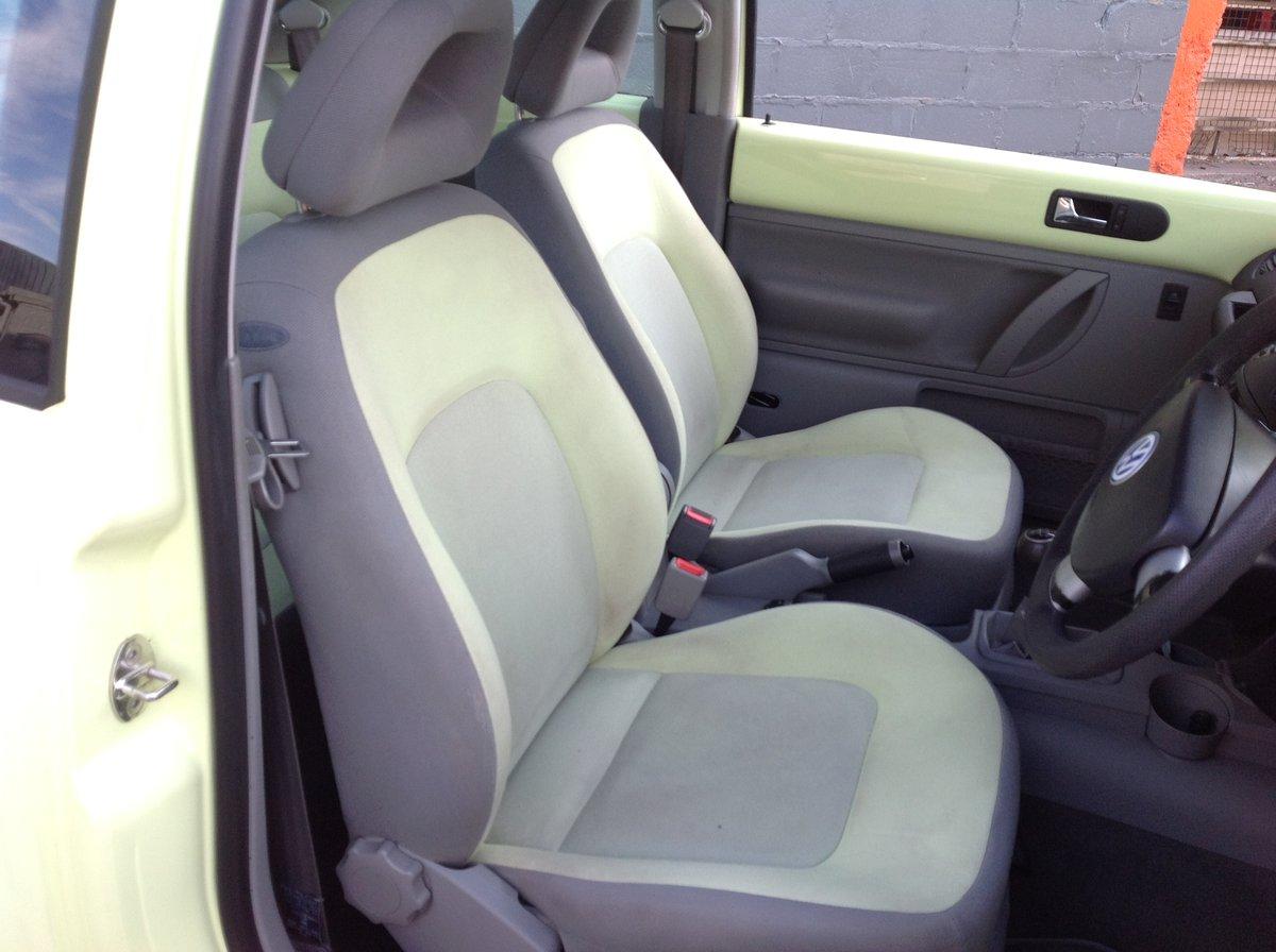 2001 VW BEETLE 2.0 ISOTOPE LEMON GREEN FSH FULL MOT JUST SERVICED For Sale (picture 5 of 6)