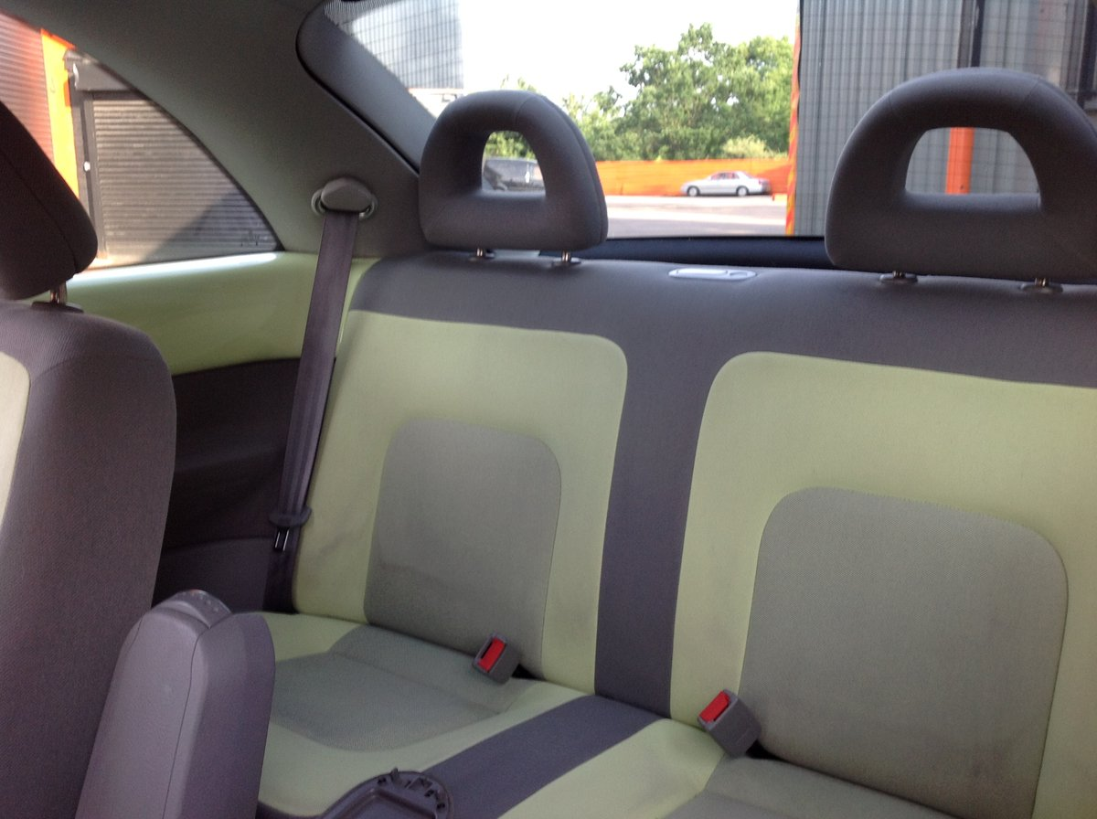 2001 VW BEETLE 2.0 ISOTOPE LEMON GREEN FSH FULL MOT JUST SERVICED For Sale (picture 6 of 6)