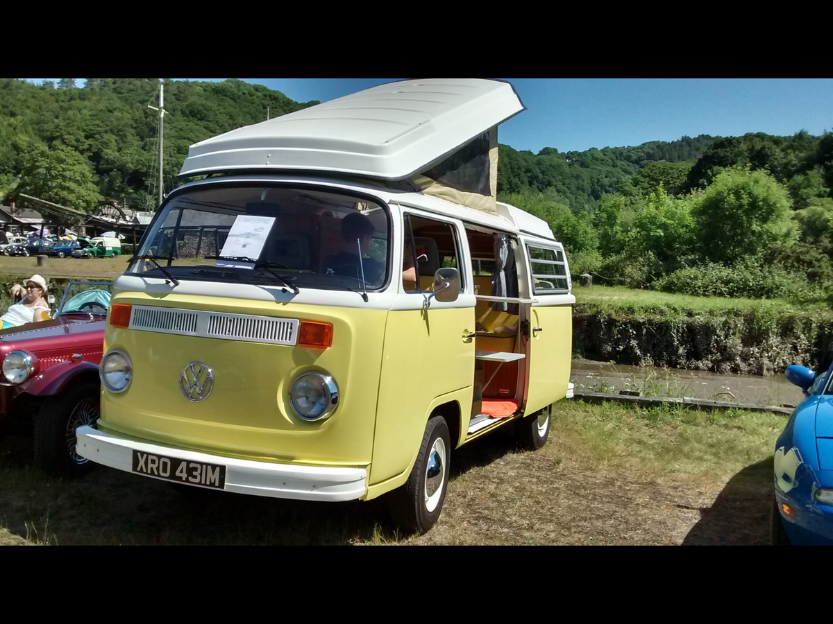 VW  T2 Westfalia For Sale (picture 2 of 6)