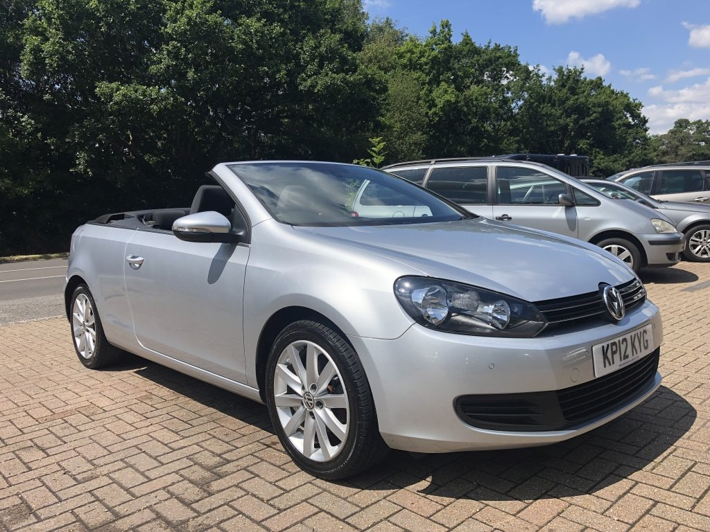 2012 (12) VOLKSWAGEN GOLF 1.6 TDI BLUEMOTION TECH SE CABRIOL For Sale (picture 1 of 6)