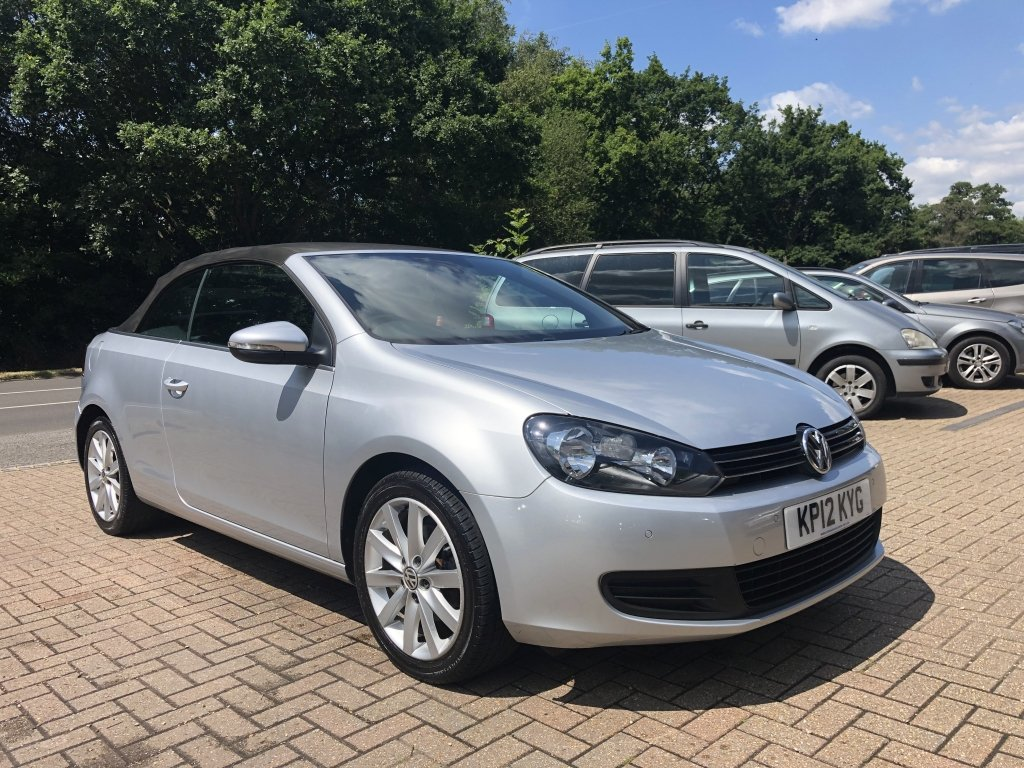2012 (12) VOLKSWAGEN GOLF 1.6 TDI BLUEMOTION TECH SE CABRIOL For Sale (picture 4 of 6)