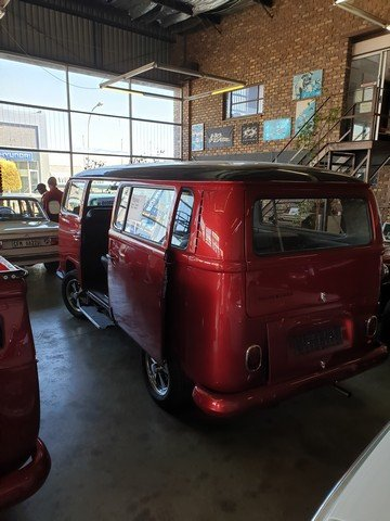 1968 VW Low Light Kombi , Fully Restored For Sale (picture 2 of 6)
