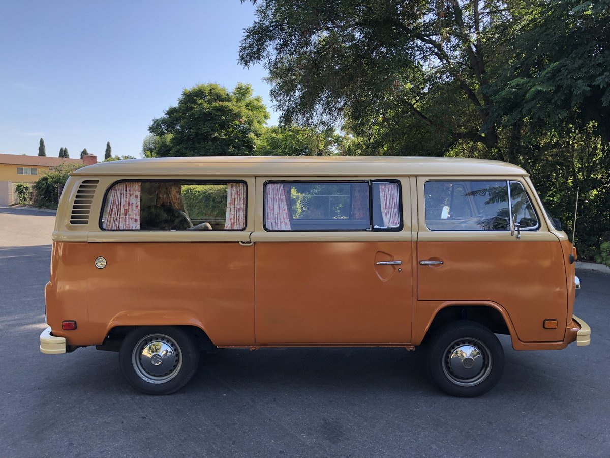 ***1978 Volkswagen Bus For Sale (picture 1 of 6)