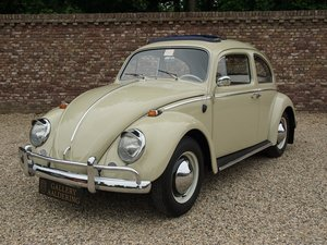 1964 Volkswagen Beetle sunroof