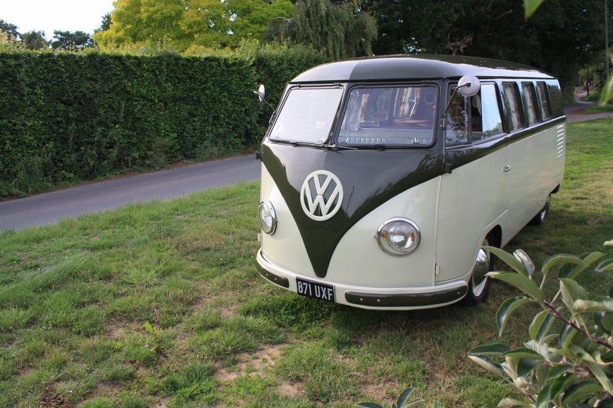 1951 Volkswagen Split Screen 'Barn Door' 23 A Kombi.  For Sale (picture 1 of 6)
