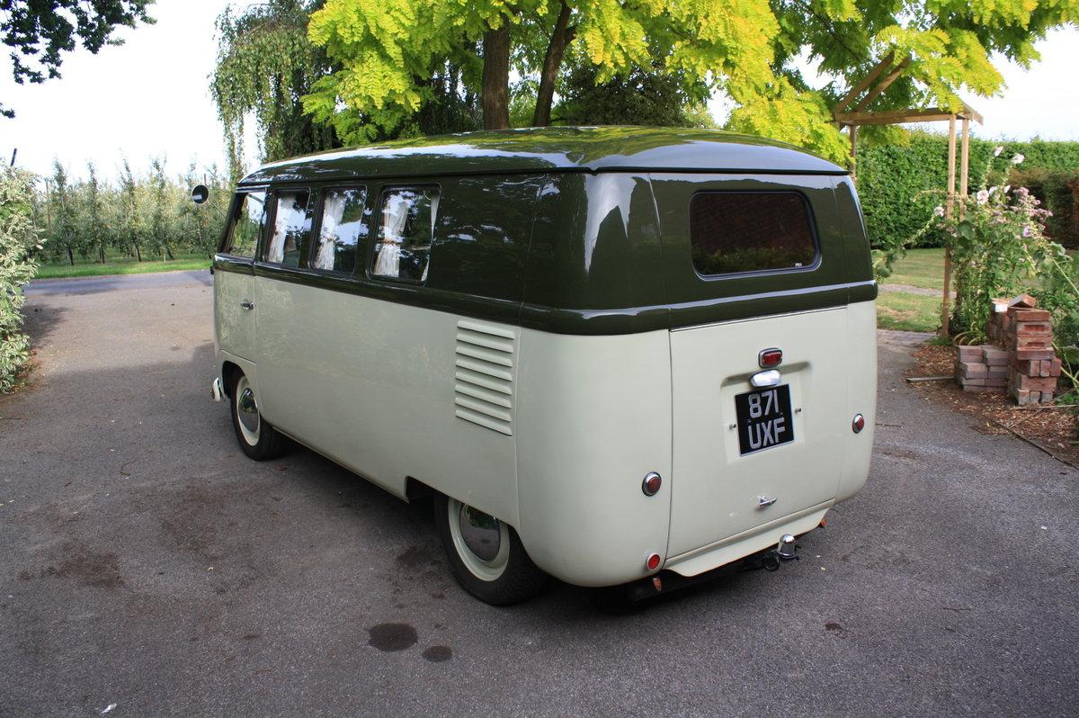 1951 Volkswagen Split Screen 'Barn Door' 23 A Kombi.  For Sale (picture 2 of 6)