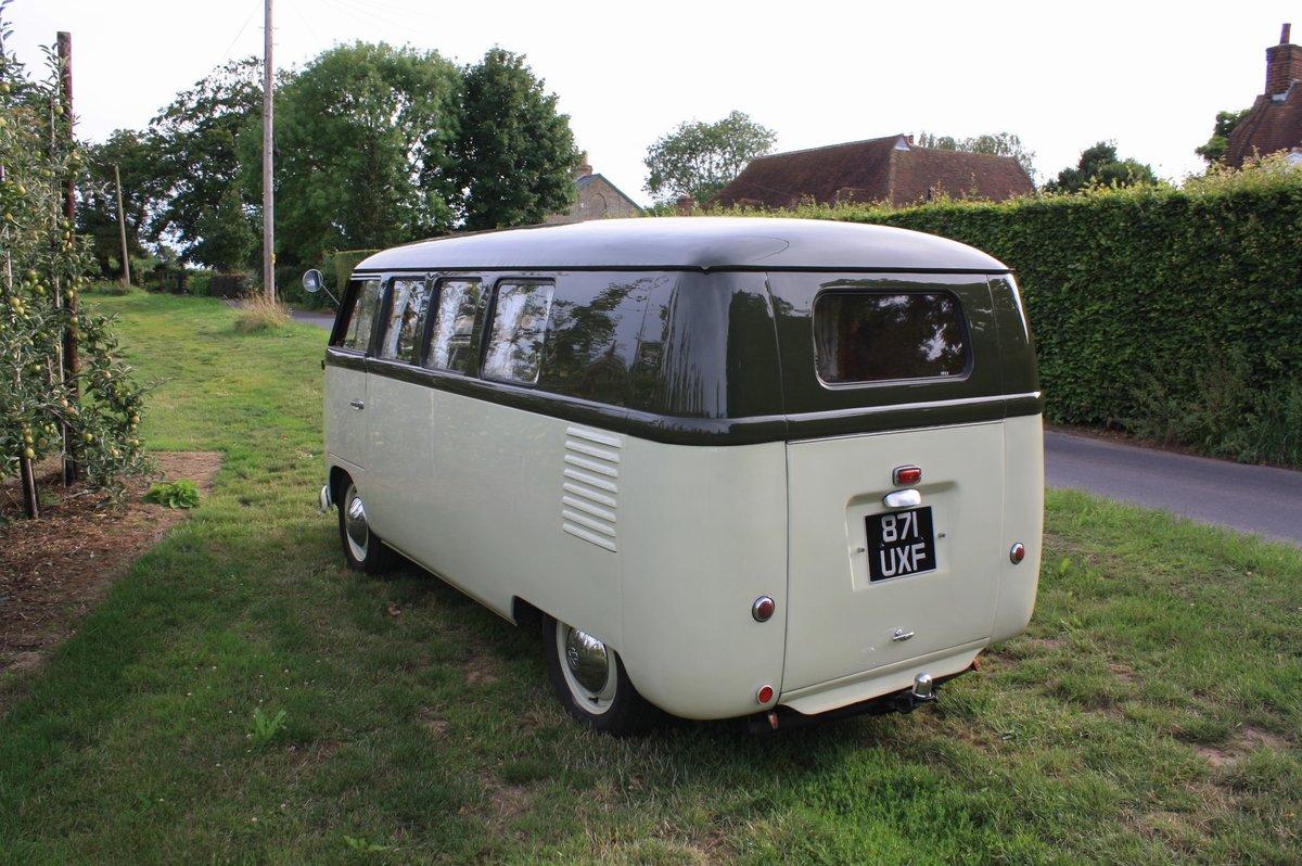 1951 Volkswagen Split Screen 'Barn Door' 23 A Kombi.  For Sale (picture 3 of 6)