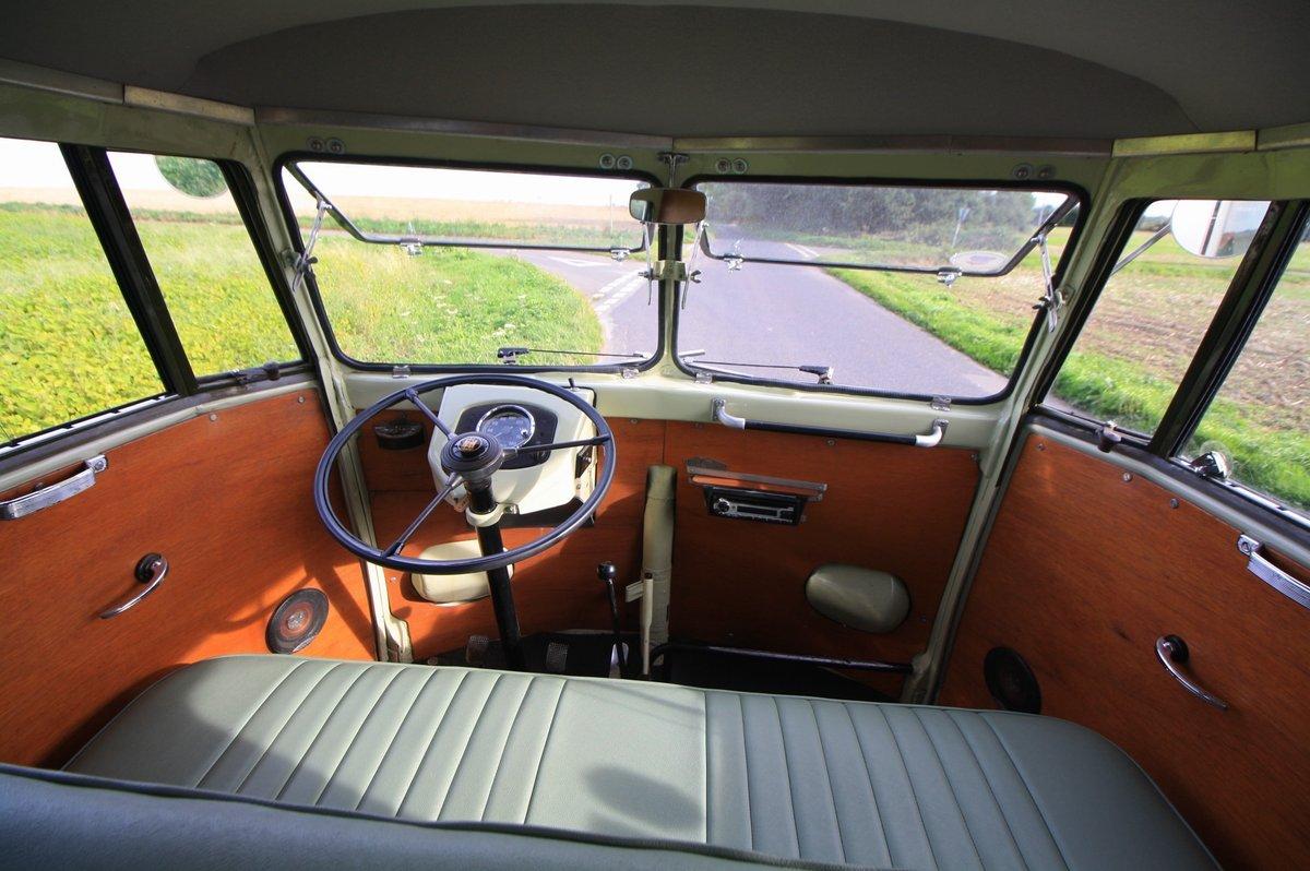1951 Volkswagen Split Screen 'Barn Door' 23 A Kombi.  For Sale (picture 6 of 6)