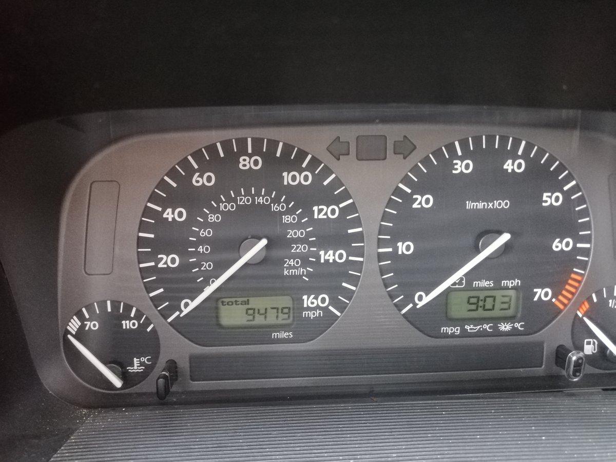 1995 Volkswagen Mark 3 Golf VR6 2.8 4 Door White For Sale (picture 4 of 5)