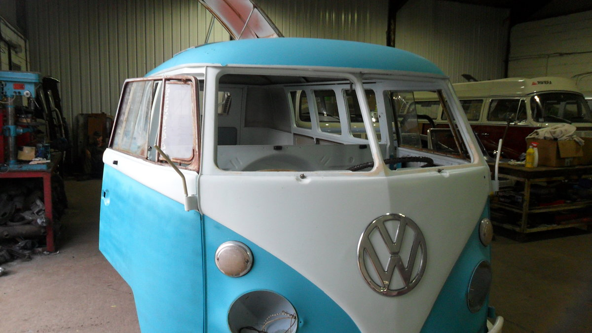 for sale 1963 vw subhatch camper van For Sale (picture 2 of 6)