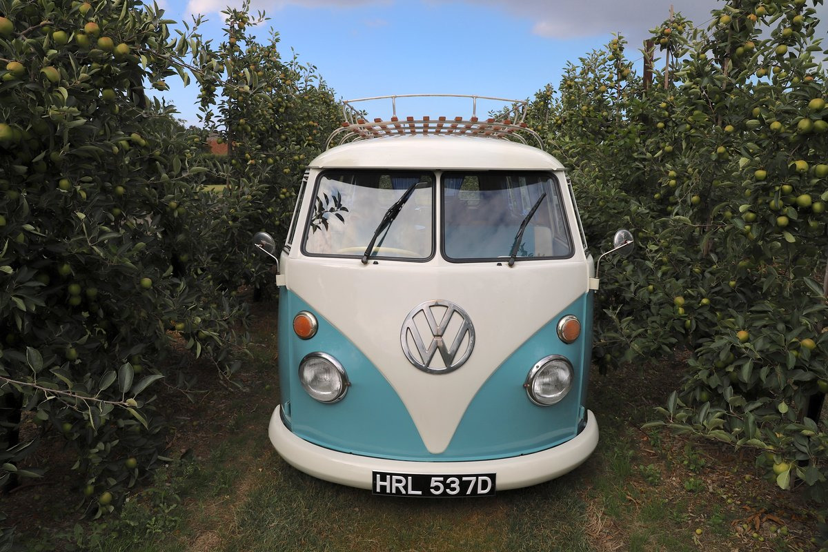 1966 VW Split Screen Camper Van. Right Hand Drive.  For Sale (picture 2 of 6)