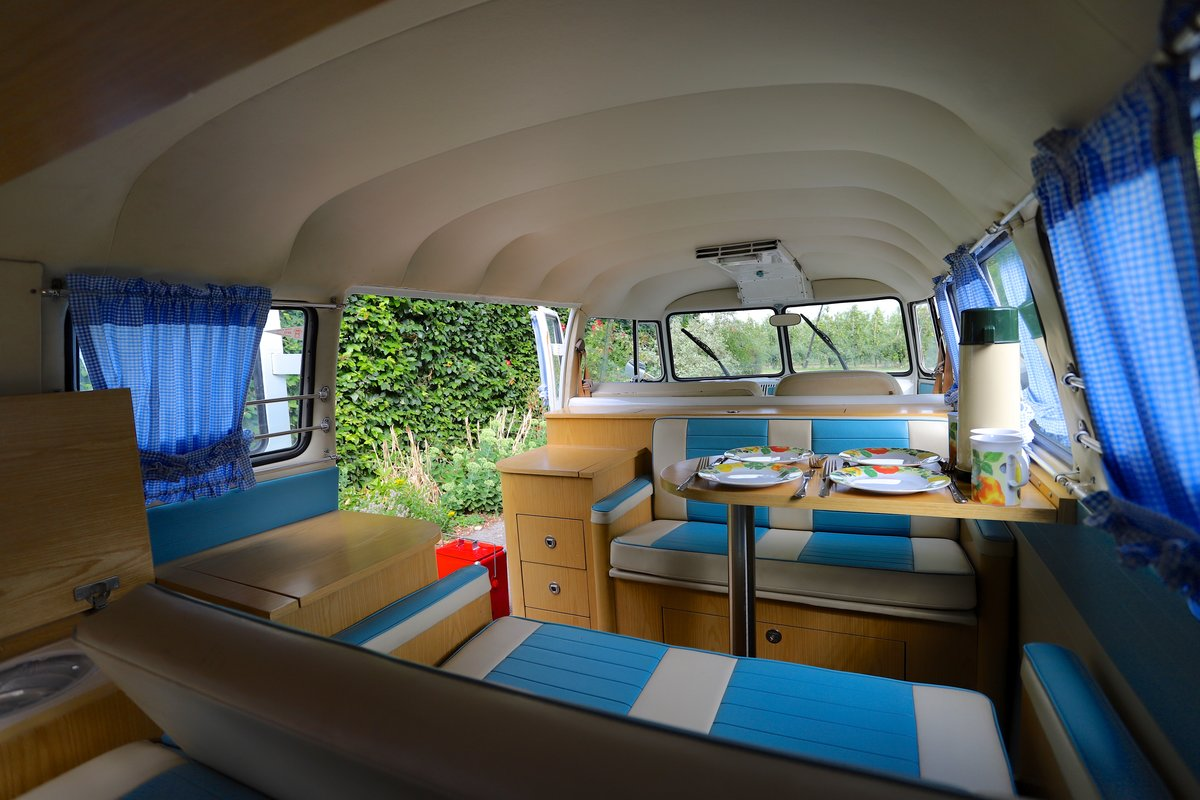 1966 VW Split Screen Camper Van. Right Hand Drive. For Sale (picture 5 of 6)