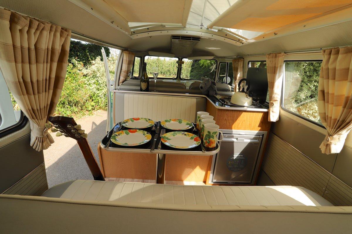 1964 VW Split Screen Camper Van. RHD. Fully Restored. For Sale (picture 4 of 6)