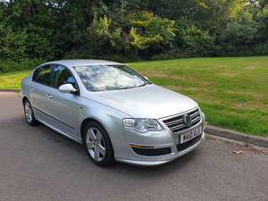 2010 VW Passat 2.0 TDi. R Line Edition. Nice Example Throughout.