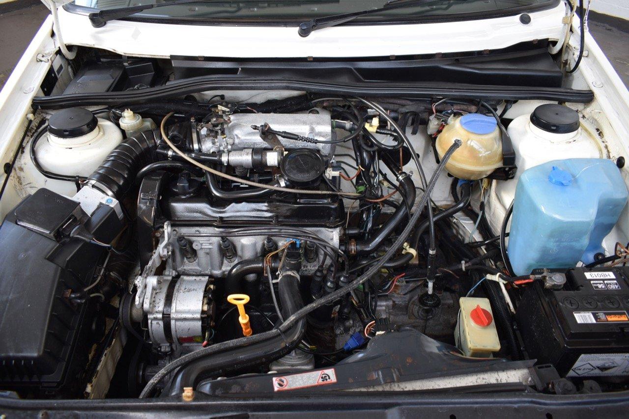 VW VOLKSWAGEN GOLF MK2 GTI 8V 5DR WHITE 1991 SUMMER SALE! SOLD (picture 8 of 17)