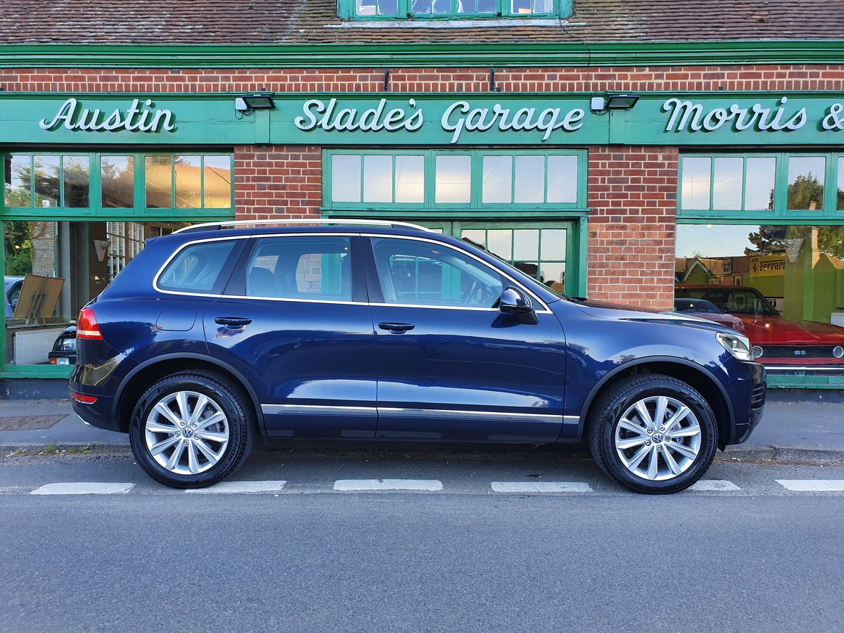 2012 Volkswagen Touareg V6 SE  SOLD (picture 1 of 6)
