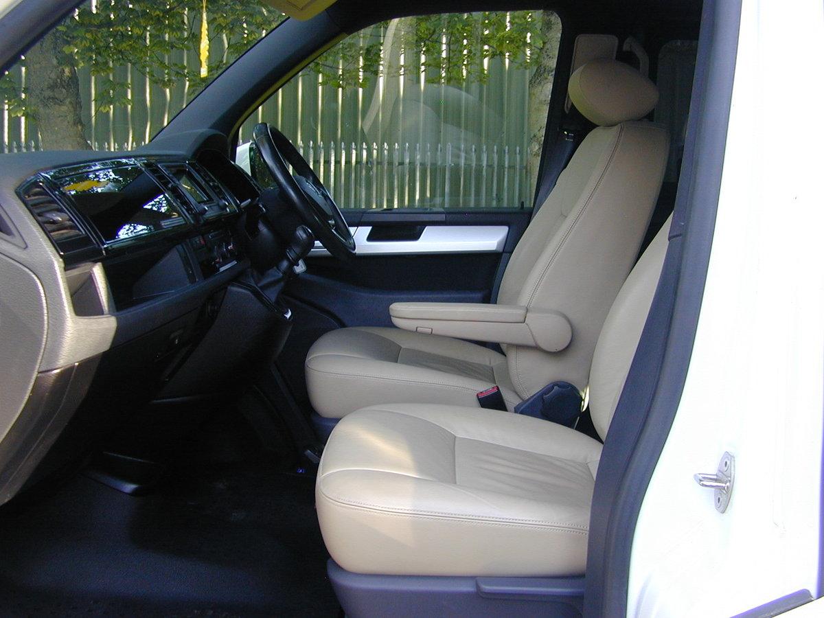 2107 VW TRANSPORTER T6 T28 2.0 TDi - DAY VAN / MULTIVAN - HI SPEC For Sale (picture 4 of 6)