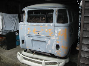 1973 VW. Volkswagen. Split screen camper.. Project.