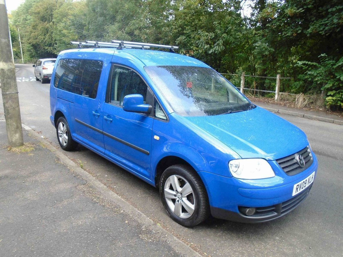 2009. VwCADDY MAXI LIFE- 7 SEATER, A/C blue For Sale (picture 3 of 6)