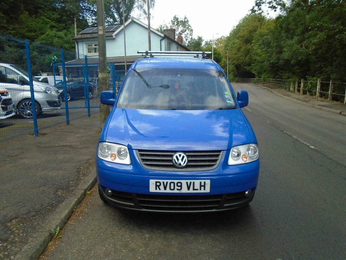 2009. VwCADDY MAXI LIFE- 7 SEATER, A/C blue For Sale (picture 4 of 6)