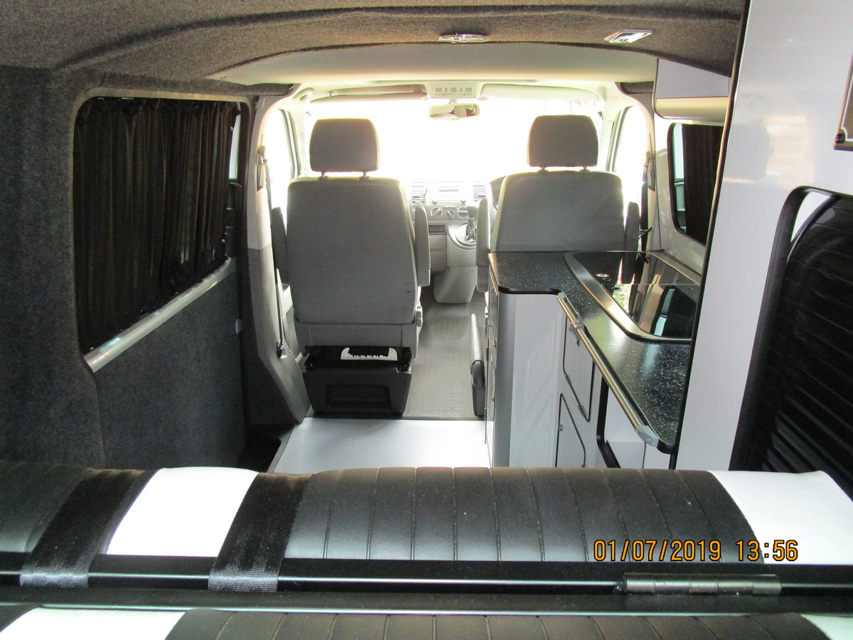 2006 Volkswagen T5 Camper Van 2.5 Litre  For Sale (picture 4 of 6)