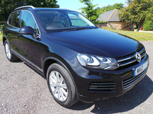 VW Touareg SE - Pan roof - Xenons - Area View For Sale