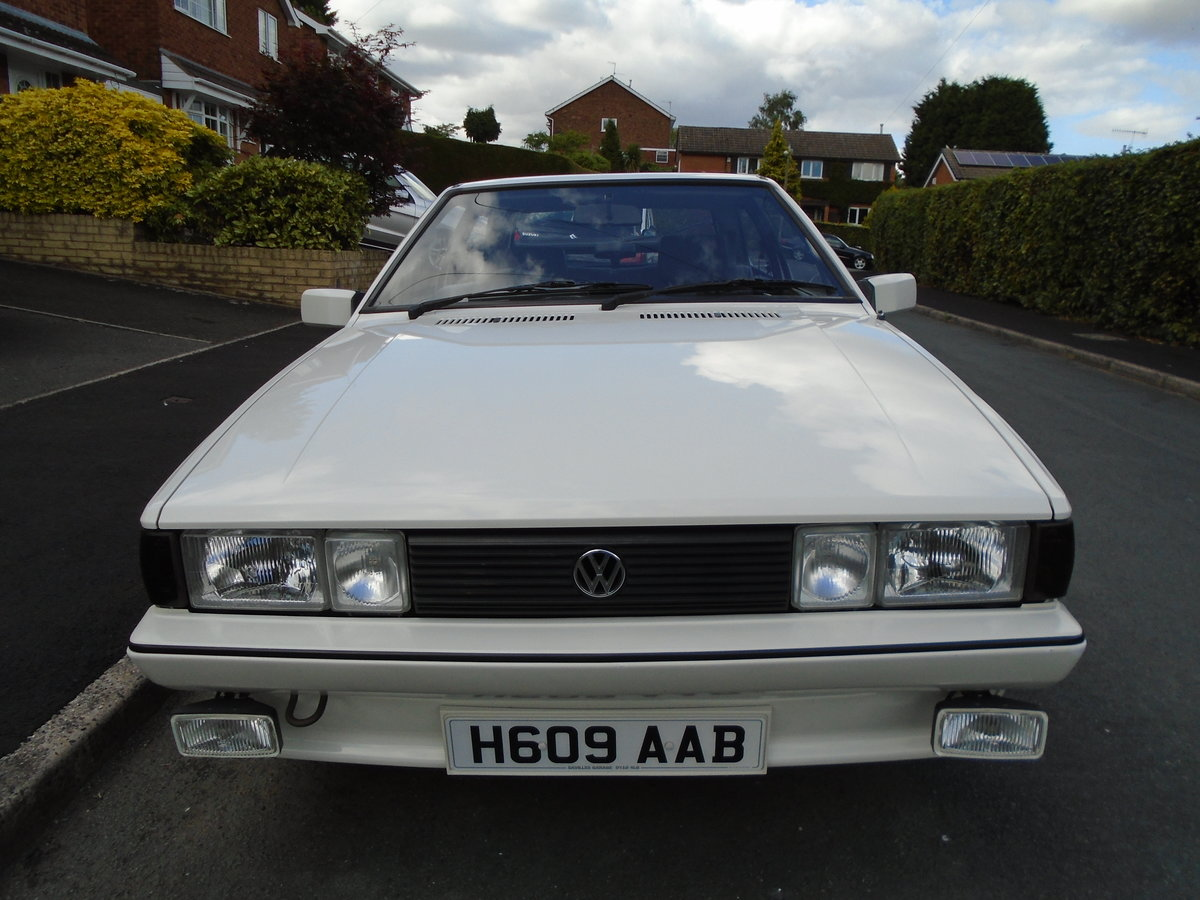 1990 VW Scirocco GTII  1.8 Genuinel LOW MILEAGE!! SOLD (picture 4 of 6)