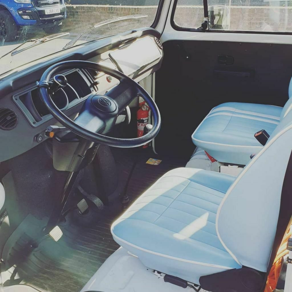 T2 VW Camper Van (2008) - Danbury For Sale (picture 2 of 6)