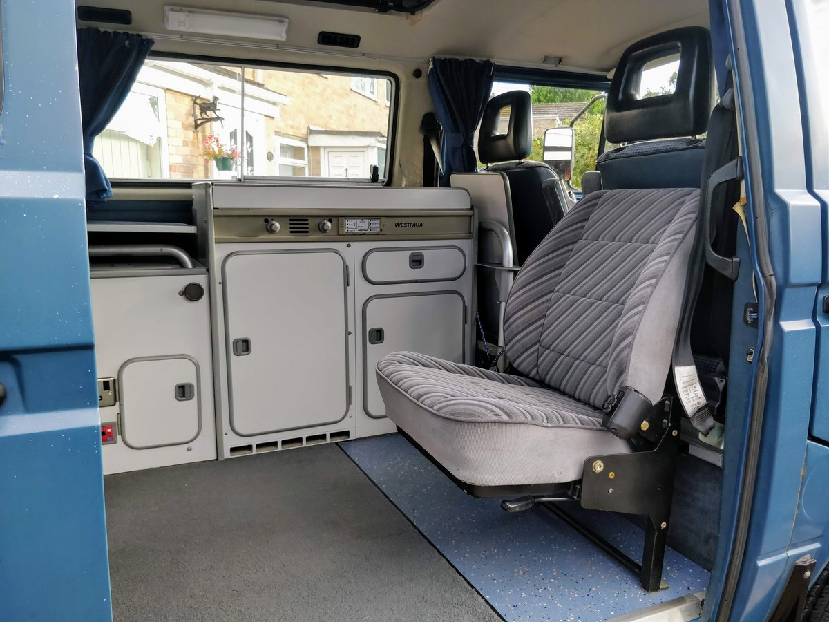1990 VW T25 T3 2.1 DJ Syncro GL Westfalia Interior For Sale (picture 3 of 6)