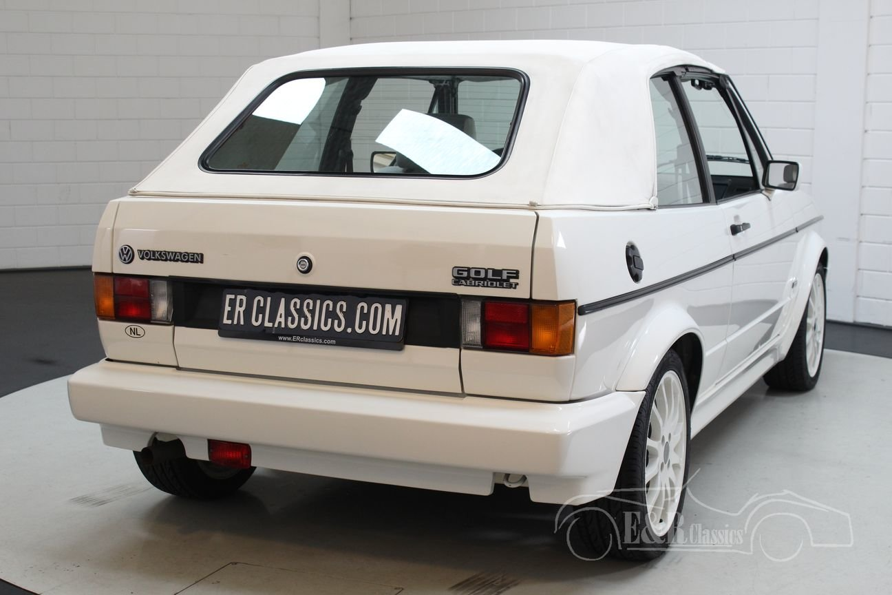 Volkswagen Golf MK1 Cabriolet 1994 White Edition For Sale (picture 6 of 6)