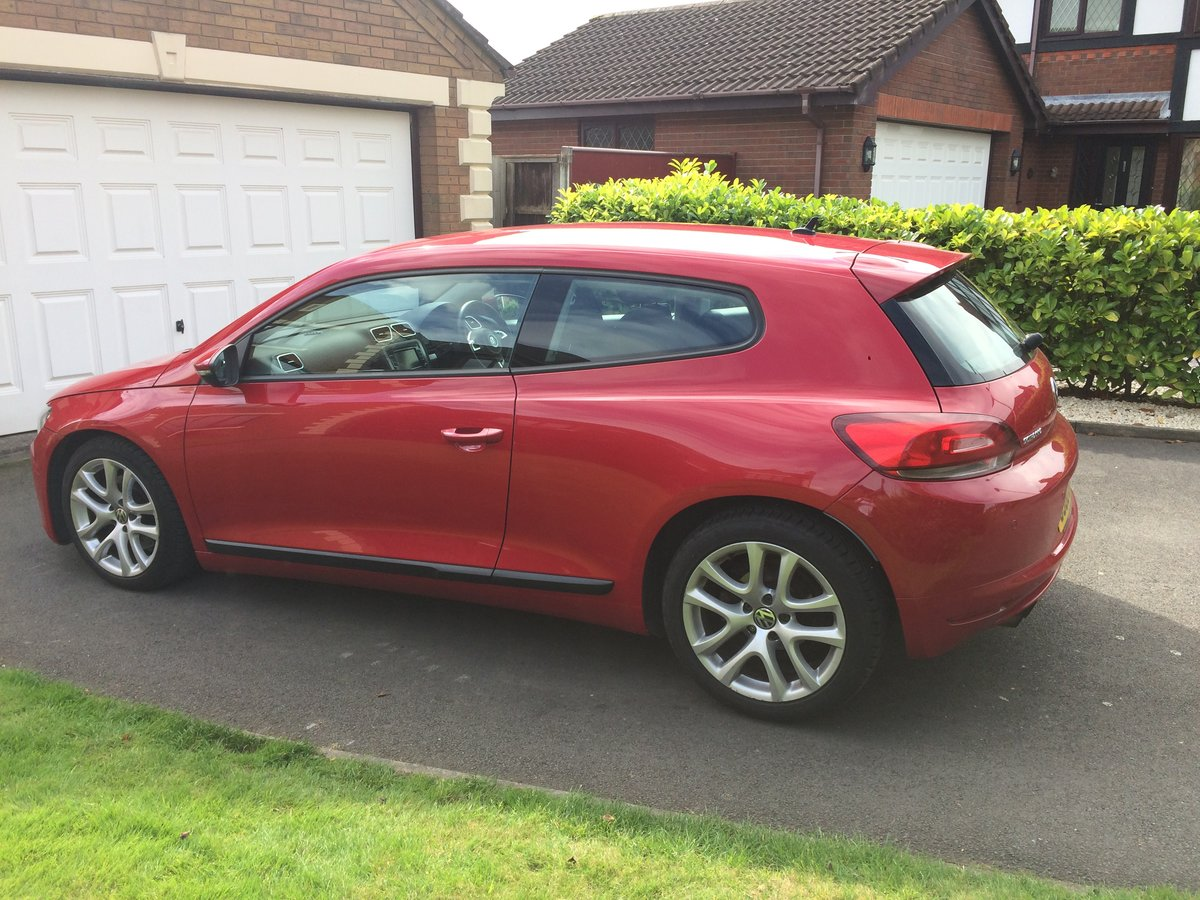 2010 VW Scirocco 1.4TSI (160), one owner from new For Sale (picture 5 of 6)