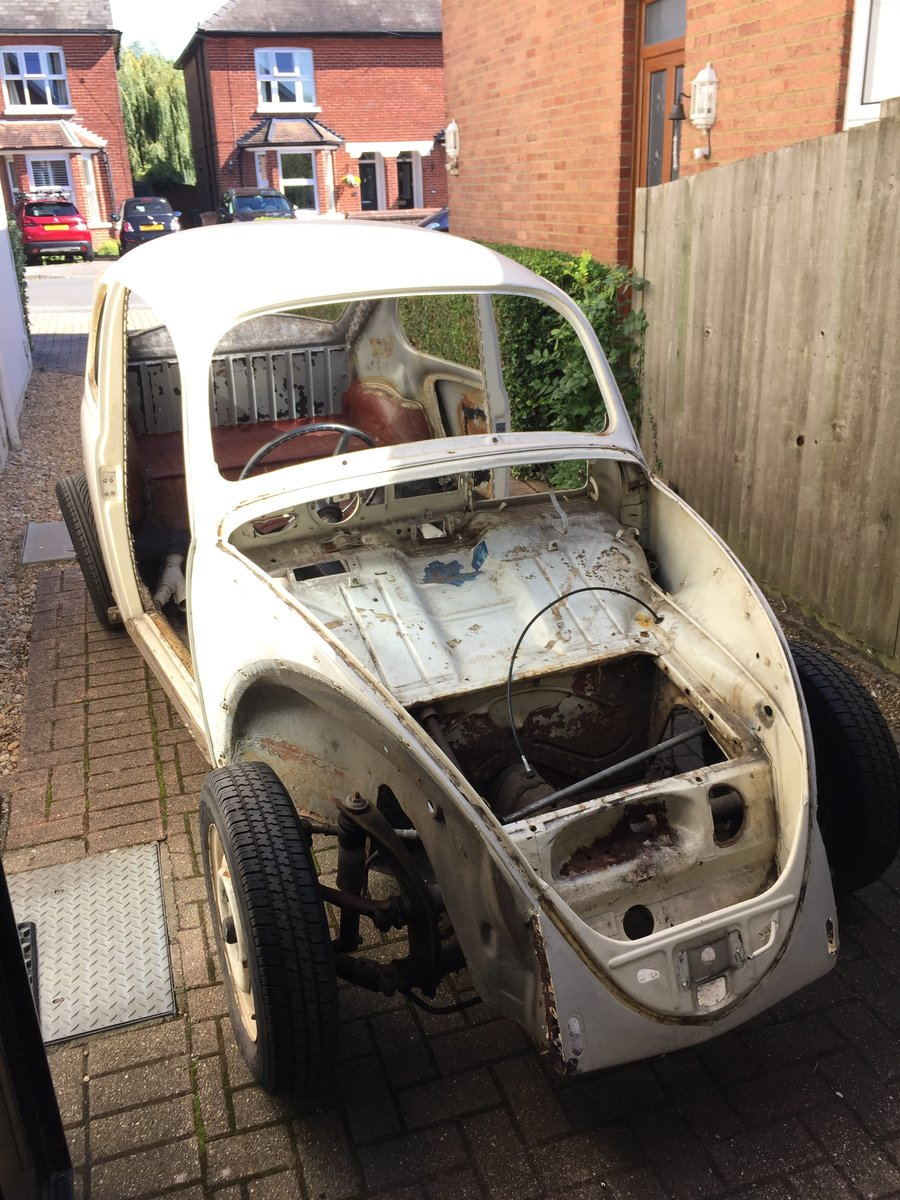 1967 VW Beetle 1500 for restoration with V5 NOW SOLD For Sale (picture 2 of 6)