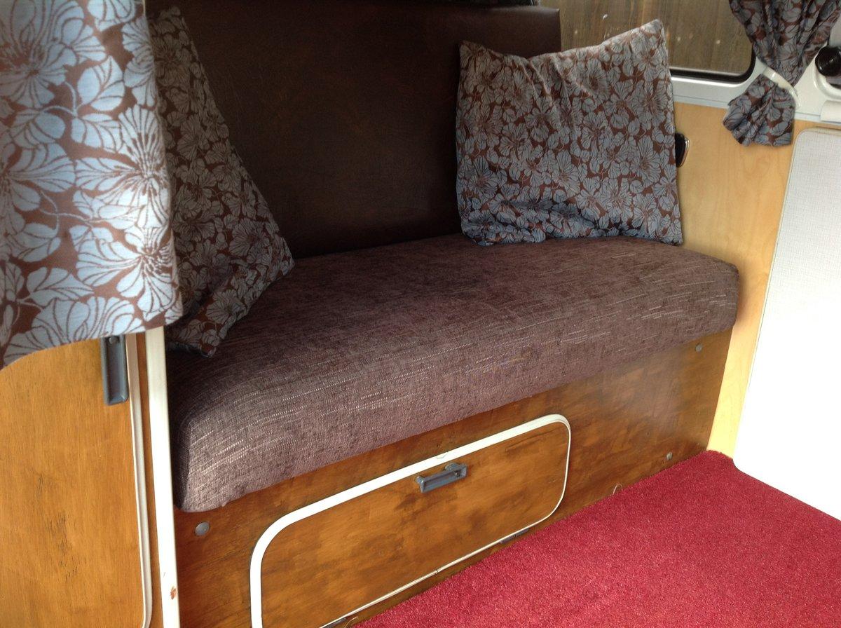 1970 VW Bay Window Camper Van SOLD (picture 5 of 6)