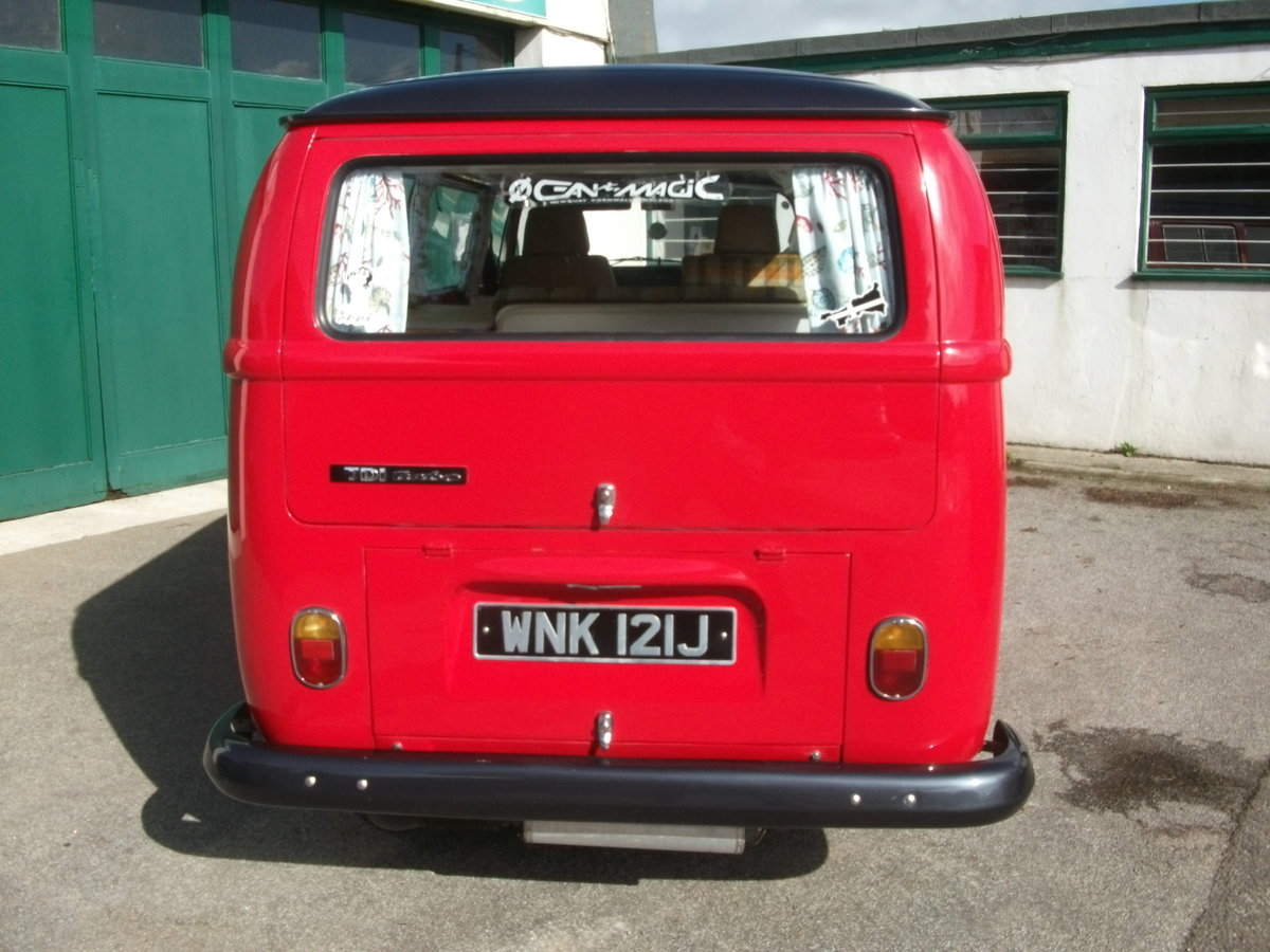 1971 VW Camper Bay window T2 1.9TDi Shiny red underneath!! SOLD (picture 3 of 6)