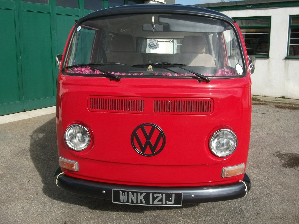 1971 VW Camper Bay window T2 1.9TDi Shiny red underneath!! SOLD (picture 4 of 6)