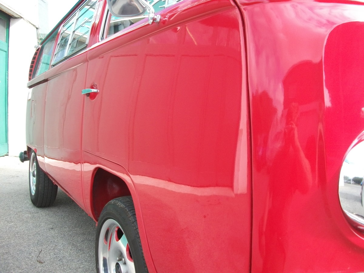 1971 VW Camper Bay window T2 1.9TDi Shiny red underneath!! SOLD (picture 5 of 6)