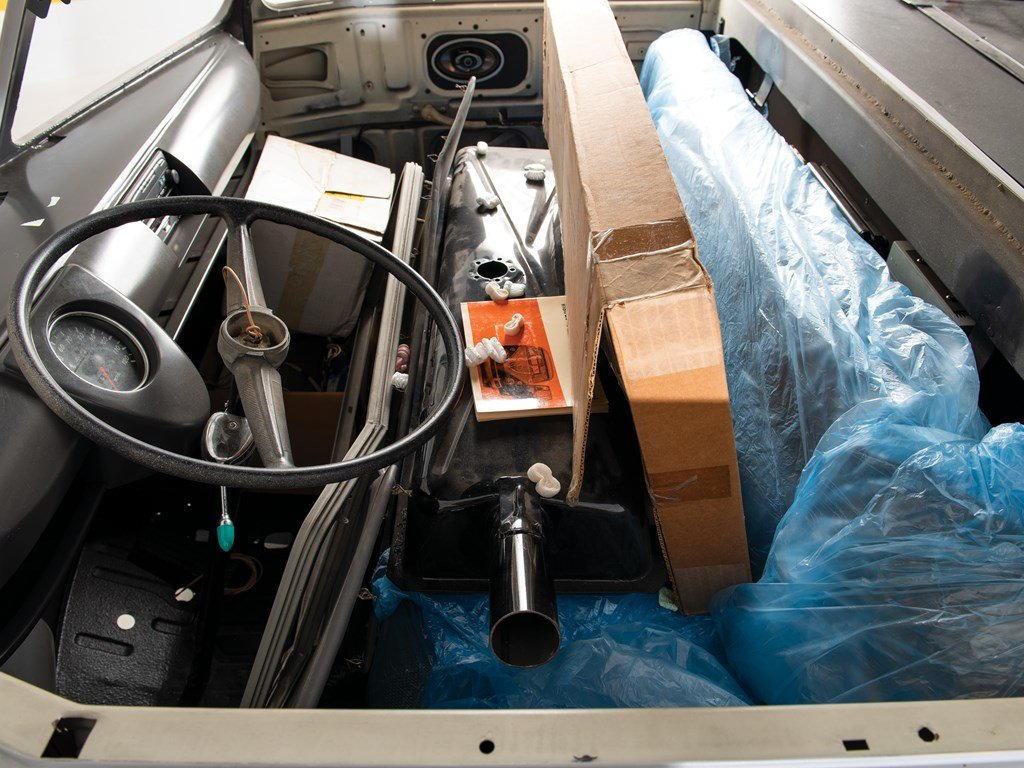 1961 Volkswagen Type 2 Single-Cab Pickup Project  For Sale by Auction (picture 3 of 6)