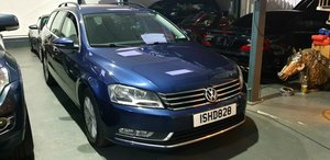 LHD 2014 Volkswagen Passat 1.6TDI Bluemotion LEFT HAND DRIVE For Sale