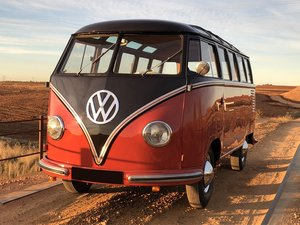 """1957 Volkswagen Microbus De Luxe """" Samba """" 23 Fenetres     For Sale by Auction"""