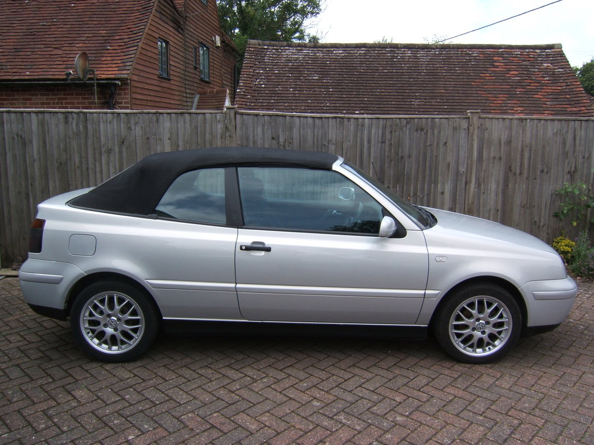 2000 Volkswagen Golf 2.0 Avantgarde Cabriolet Automatic For Sale (picture 3 of 6)