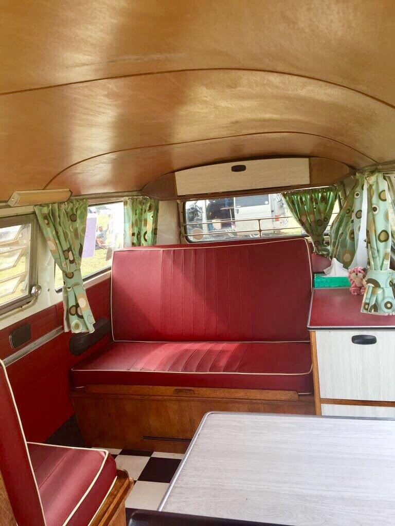 1969 T2 Devon Caravette Early Bay RHD  £10,950 For Sale (picture 5 of 6)