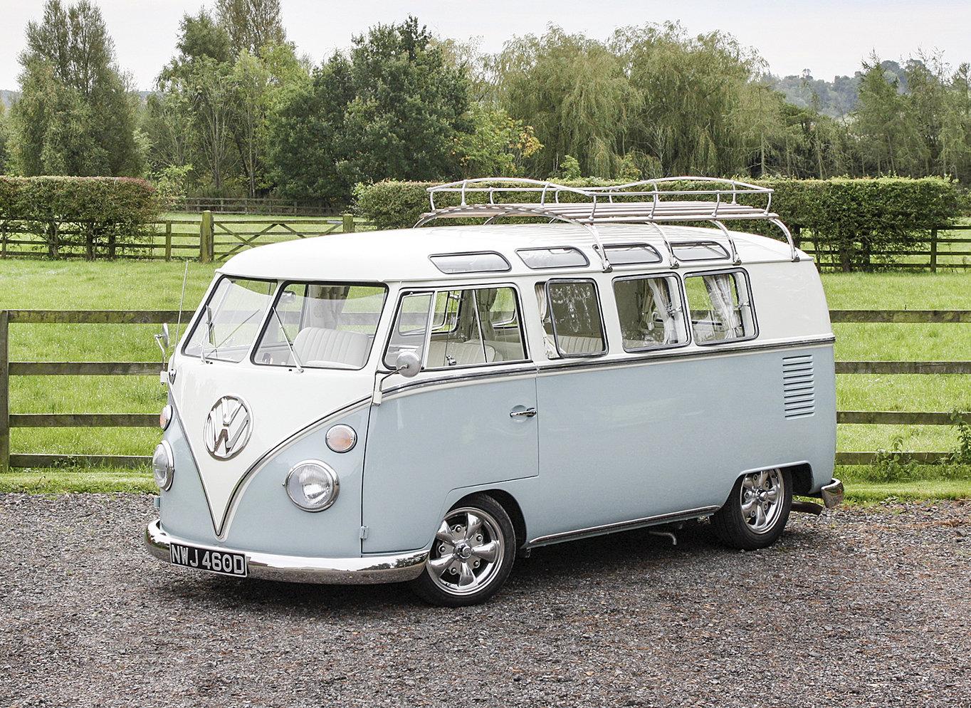 1966 Volkswagen 19-Window Barn-Door Camper For Sale (picture 1 of 6)